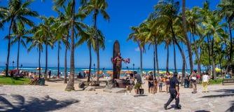 Duke Kahanamoku Statue op Waikiki-Strand Royalty-vrije Stock Foto's