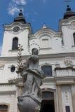Dukla, Polen - 22. Juli 2016: Alte Statue von Mary vor Th lizenzfreie stockfotografie