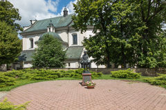 Dukla Polen - Juli 20, 2016: St John av Dukla av bröd i fr Arkivfoton