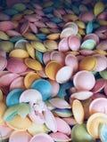 Dulces en diversos colores Fotografía de archivo libre de regalías