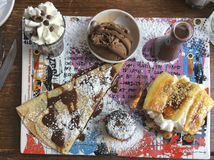 Dulces en la barra en Tel Aviv, bulevar de Rothshild, Israel de Max Brenner Chocolate Fotografía de archivo libre de regalías