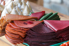 Dulces georgianos en el contador en el mercado en Georgia foto de archivo libre de regalías