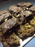 Dulces hechos en casa - flapjacks y brownie Fotos de archivo