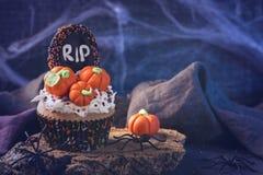 Dulces para el partido de Halloween imágenes de archivo libres de regalías