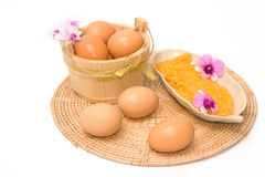 Dulces tailandeses hechos que la forma egg al cocinero del yugo Foto de archivo libre de regalías