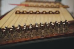 dulcimer Тайская традиционная аппаратура фольклорной музыкы стоковые изображения