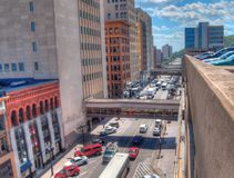 Duluth är en populär turist- destination i övreMidwesten på arkivfoton
