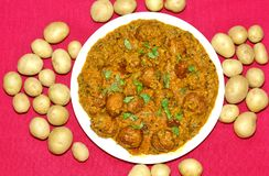 Free Dum Aloo Or Aloo Dum, Popular Indian Dish Royalty Free Stock Images - 126832819