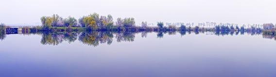 Duma ranek na Dongjiang jeziorze Obraz Royalty Free