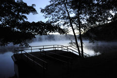 Duma ranek na Dongjiang jeziorze Obrazy Royalty Free