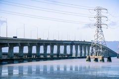 Dumbarton bro som förbinder Fremont till Menlo Park, San Francisco Bay område, Kalifornien Fotografering för Bildbyråer
