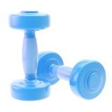 Dumbbell de dois azuis isolado no branco Fotos de Stock