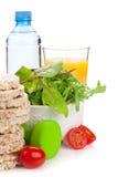 Dumbells и здоровая еда Пригодность и здоровье Стоковая Фотография