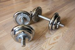 Dumbells de Chrome Fotos de Stock Royalty Free