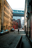 DUMBO Gasse. Stockfotos