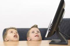Dumme Jungen Lizenzfreies Stockfoto