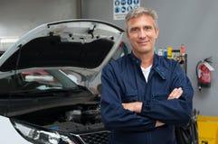 Dumny Auto mechanik Obrazy Royalty Free