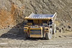 Dumper in open pit Royalty Free Stock Photos