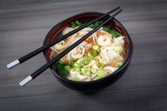 Dumpling and prawn asian soup Stock Photography