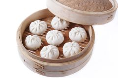Dumplings in bamboo steamer Royalty Free Stock Photography