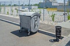 dumpster Imagenes de archivo