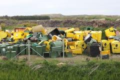 Dumpsters op een vuilnisstortplaats Royalty-vrije Stock Afbeelding