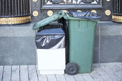 Dumpsters(recycling containers ) Royalty Free Stock Photography