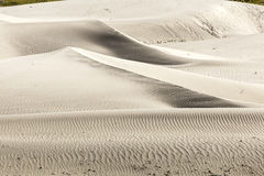 Duna de areia branca ao norte da Índia foto de stock royalty free