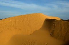 Duna de arena imagen de archivo