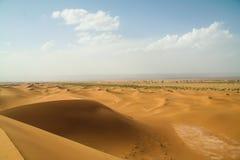 Duna de arena del desierto del marroc del paisaje Foto de archivo