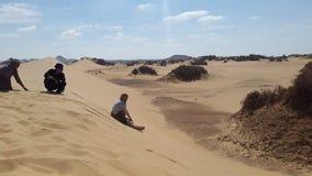 Duna de arena del desierto en farafra fotografía de archivo libre de regalías