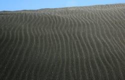 Duna de arena negra Fotografía de archivo