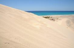 Duna di sabbia su Fuerteventura, Spagna Fotografie Stock
