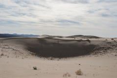 Duna e montagne di sabbia del paesaggio del deserto fotografia stock libera da diritti