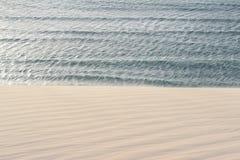 Duna y mar Imagen de archivo libre de regalías