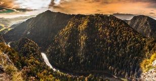 The Dunajec River Gorge. View from Sokolica Mountain to Slovakia. The Dunajec River Gorge. Pieniny National Park, Poland Stock Photo