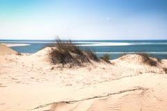 Dunas blancas en la isla de Bazaruto Foto de archivo