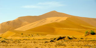 Dunas de areia de Namíbia Fotos de Stock Royalty Free