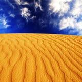 Dunas de areia do deserto Fotografia de Stock