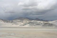 Dunas de areia na estrada do karakorum Foto de Stock