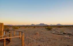 Dunas de areia namibianas no por do sol Fotografia de Stock