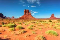 Dunas de areia no vale do monumento, o Arizona Fotos de Stock Royalty Free