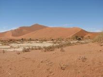 Dunas de areia vermelhas Sossusvlei Fotos de Stock Royalty Free