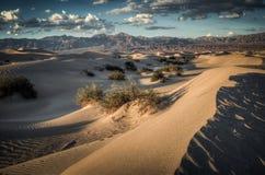 Dunas de arena en Death Valley Fotos de archivo libres de regalías