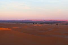 Dunas de arena en el ergio Chebbi, Western Sahara, Marruecos fotografía de archivo libre de regalías