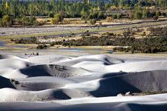 Dunas de arena en Hunder, valle de Nubra, Ladakh, la India foto de archivo libre de regalías