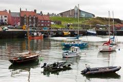 DUNBAR, SCOTLAND/UK - 14-ОЕ АВГУСТА: Взгляд гавани Dunbar в Scot стоковая фотография rf