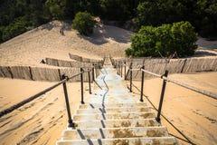 Dune在114米的du Pilat最高的沙丘在欧洲 免版税库存照片
