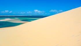 Dune de sable d'île de Bazaruto Photo libre de droits