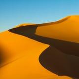 Dune de sable - mer de sable d'Awbari - désert de Sahara, Libye Photographie stock libre de droits